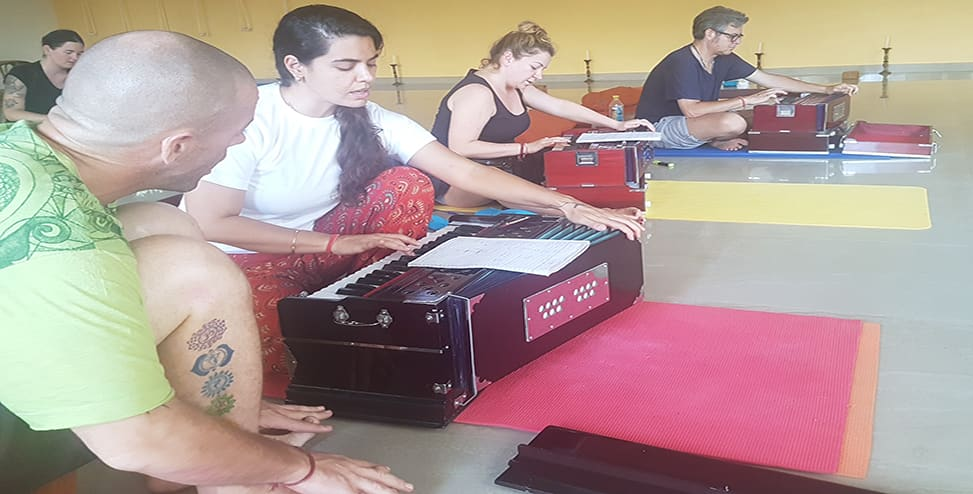 10 Days Yoga Retreat in Rishikesh