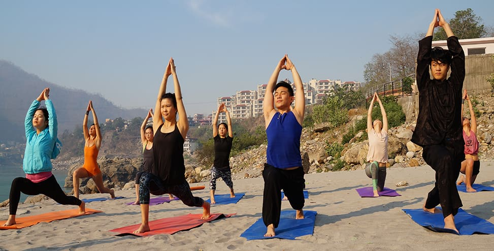 15 Days Yoga and Meditation Retreats in India