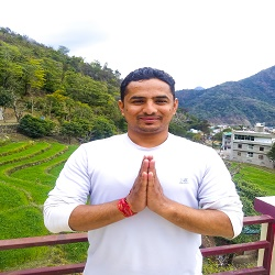 Yogi Devendra Ji - Hatha Yoga Teacher